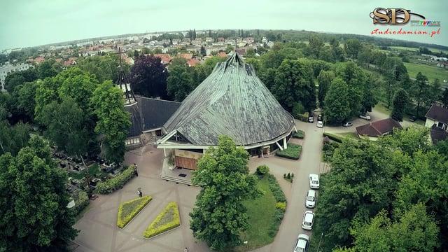 Kościół z Drona – parafia Miłosierdzia Bożego w Brzegu – maj 2015